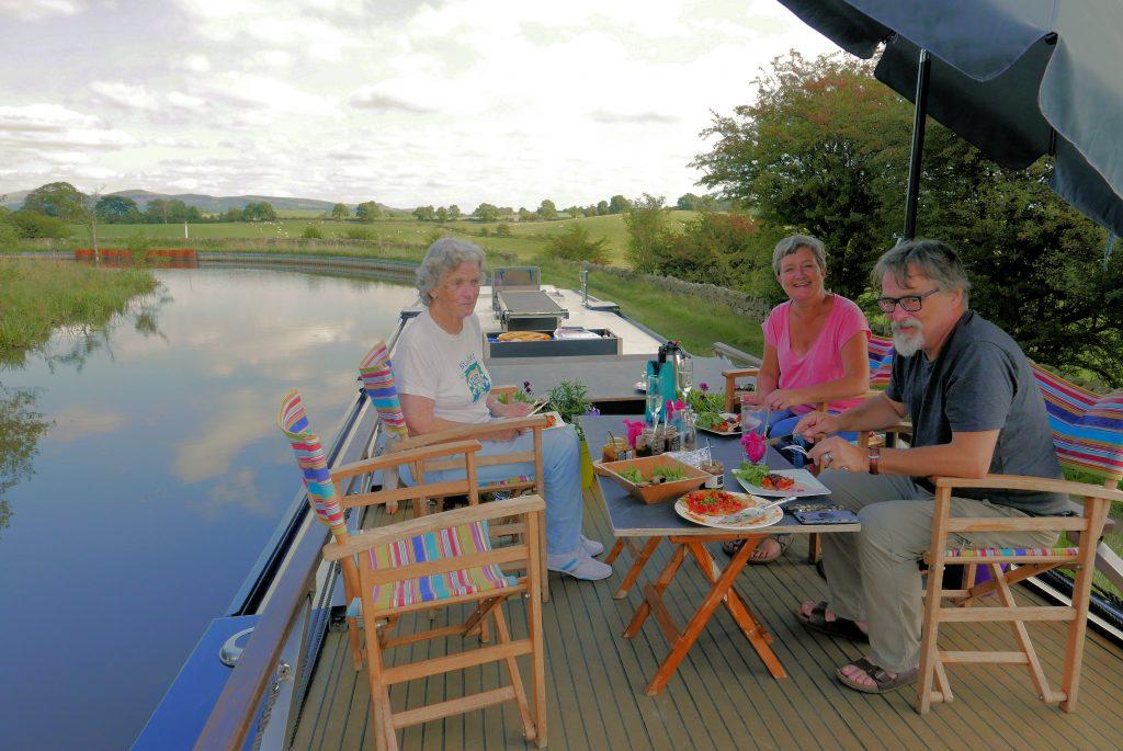 Yorkshire Dales Al Fresco lunch on Lady Teal
