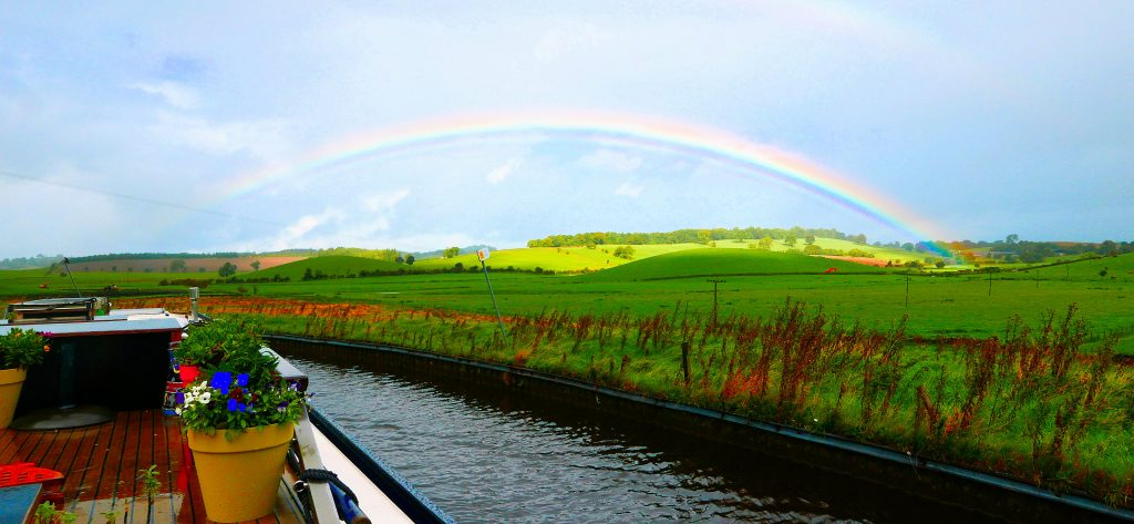 Lovely Rainbow, Greenberfield on the Lady Tel on the Leeds LiverpooCanal