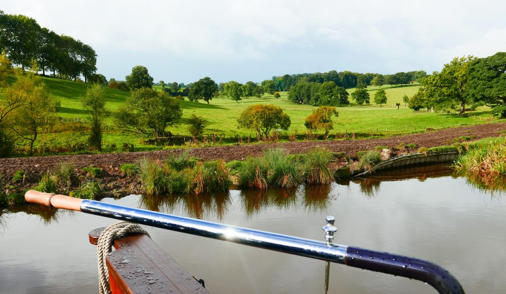 Start of the day on Lady Teal in the Dales on the Leeds Liverpool Canal